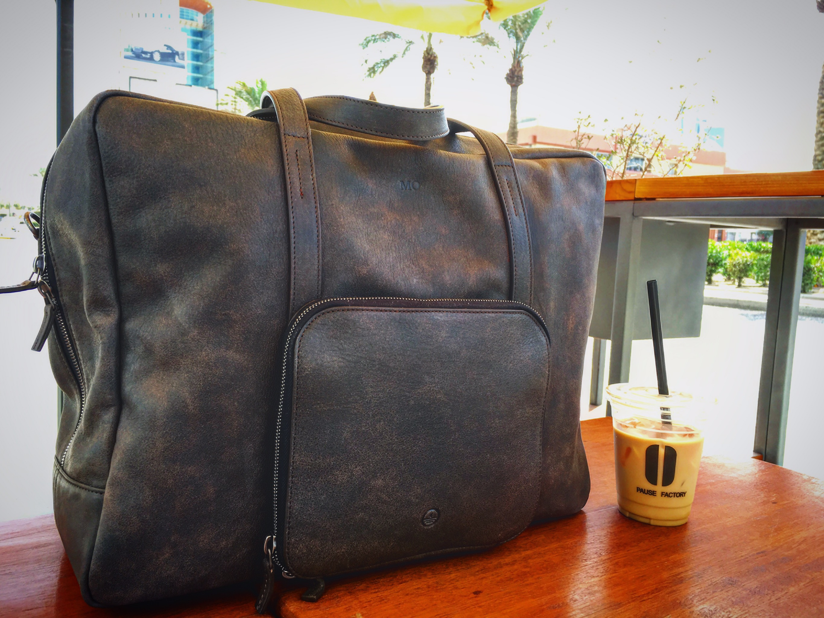 9a171a952712 The Voyager weekender sized bag that ll not only store the stuff you need —  but also help you get them easily without the hassle we all suffer from  when we ...